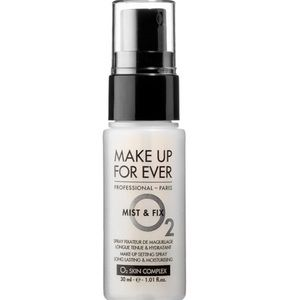 Mist and Fix Makeup Fixing / Setting Spray